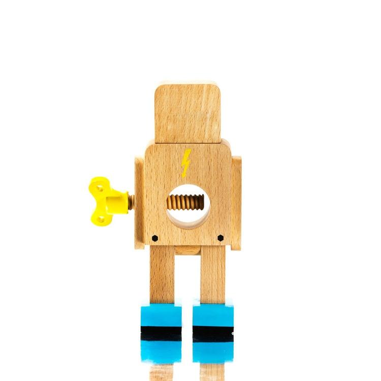 robot-nut-cracker-3