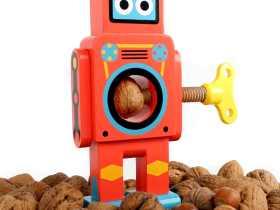 Suck UK 机器人胡桃夹子/Robot Nut Cracker