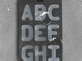 Suck UK 26个字母冰模/Alphabet Ice